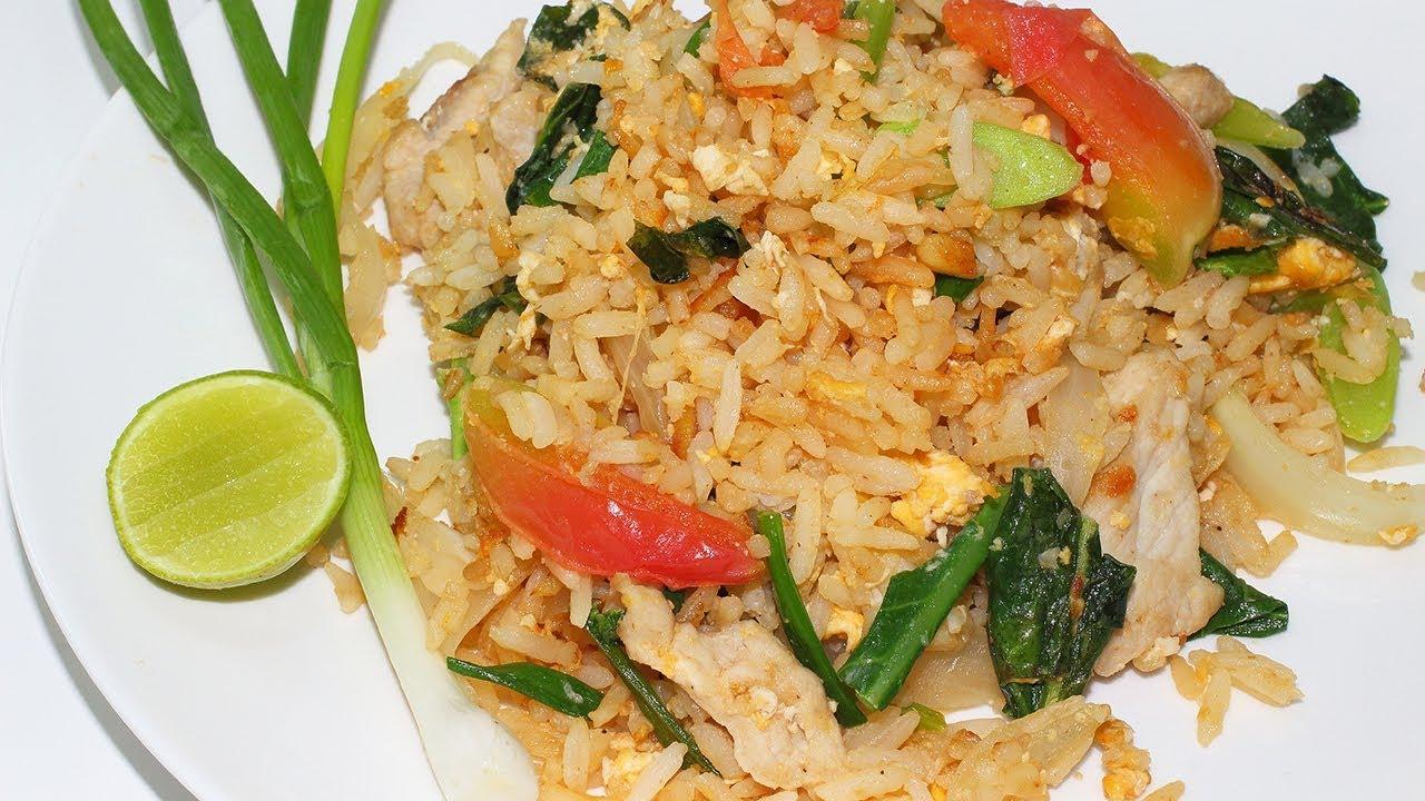 ข้าวผัดหมู-ใส่ไข่-fried-rice-with-pork-and-egg