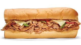 แซนวิช-สเต็กและชีส-steak--and--cheese-sandwich