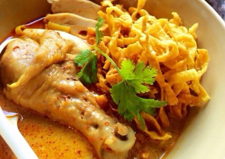 ข้าวซอยไก่-noodle-with-chicken-curry
