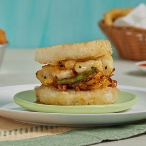 ข้อมูลโภชนาการ แคลอรี่ ไรซ์เบอร์เกอร์ทะเล-seafood-kakiage-rice-burger